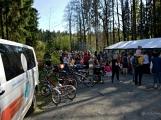Z Vacíkova se vydali turisté již na 6. pochod na Petráškovu horu (50)