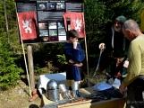 Z Vacíkova se vydali turisté již na 6. pochod na Petráškovu horu (43)