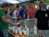 Z Vacíkova se vydali turisté již na 6. pochod na Petráškovu horu (12)