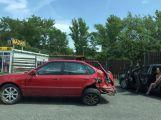 Řidič zboural plot u Oxygenu ()
