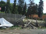 Řidič zboural plot u Oxygenu (1)