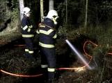 Právě teď: Výjezd příbramských hasičů si vyžádal požár trávy (8)