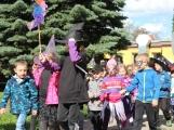 Čarodějnické odpoledne si děti z mateřinky užily (5)