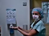 V Příbrami se provádí unikátní urologické operace, byli jsme při tom, račte s námi vstoupit na operační sál (31)