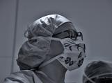 V Příbrami se provádí unikátní urologické operace, byli jsme při tom, račte s námi vstoupit na operační sál (11)