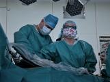 V Příbrami se provádí unikátní urologické operace, byli jsme při tom, račte s námi vstoupit na operační sál (14)