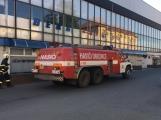 Aktuálně: Únik čpavku povolal hasiče na zimní stadion (50)