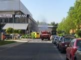 Aktuálně: Únik čpavku povolal hasiče na zimní stadion (32)