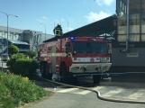 Aktuálně: Únik čpavku povolal hasiče na zimní stadion (8)