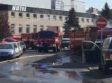 Aktuálně: Únik čpavku povolal hasiče na zimní stadion (6)