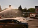 Aktuálně: Únik čpavku povolal hasiče na zimní stadion (21)