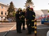 Aktuálně: Únik čpavku povolal hasiče na zimní stadion (16)