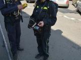Aktuálně: Únik čpavku povolal hasiče na zimní stadion ()