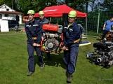 Na Příbramsku v sobotu soutěžili hasiči a v Dolních Hbitech dostali zbrusu novou Tatru (38)