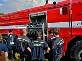 Na Příbramsku v sobotu soutěžili hasiči a v Dolních Hbitech dostali zbrusu novou Tatru ()