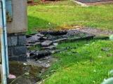 Blesk zapříčinil požár rodinného domu na Příbramsku, škoda je půl milionu korun (3)