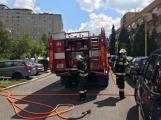 V tuto chvíli: Hasiči zasahují u nahlášeného požáru bytu v Příbrami (12)