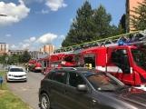 V tuto chvíli: Hasiči zasahují u nahlášeného požáru bytu v Příbrami (11)