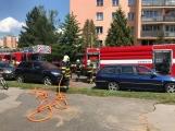 V tuto chvíli: Hasiči zasahují u nahlášeného požáru bytu v Příbrami (10)