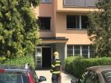 V tuto chvíli: Hasiči zasahují u nahlášeného požáru bytu v Příbrami (6)