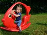 Dětský domov Pepa se dočkal nového hřiště (7)