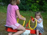 Dětský domov Pepa se dočkal nového hřiště (3)