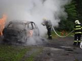 Hasiči zasahovali u požáru osobního vozidla (3)