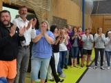 Loučení s Janem Pechlákem, ředitelem základní školy na Březových Horách, se neobešlo bez slz. Dojemné rozloučení přichystal pro svého nadřízeného pedagogický sbor i žáci (7)
