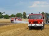 Současné sucho a polní práce přidělávají práci hasičům. Na Příbramsku během hodiny vyjeli dvakrát. (4)