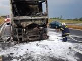 AKTUÁLNĚ: Požár kamionu zastavil provoz na D4 (5)