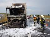 AKTUÁLNĚ: Požár kamionu zastavil provoz na D4 (4)
