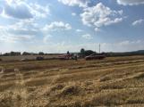Aktuálně: Mimořádné nasazení hasičů si momentálně vyžádala likvidace požáru pole na Rožmitálsku (35)
