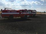 Aktuálně: Mimořádné nasazení hasičů si momentálně vyžádala likvidace požáru pole na Rožmitálsku (39)