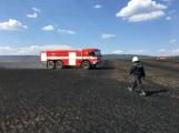 Aktuálně: Mimořádné nasazení hasičů si momentálně vyžádala likvidace požáru pole na Rožmitálsku (38)