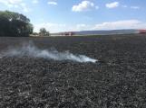 Aktuálně: Mimořádné nasazení hasičů si momentálně vyžádala likvidace požáru pole na Rožmitálsku (22)