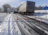 Silnice z Tochovic na Horčápsko je uzavřena kvůli nehodě ()