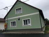 Obecní úřad Tochovice a pošta, kde je zásobník umístěn (4)