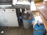 Znečištěný úsek pro grilování v době kontroly ()