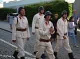 Pražskou ulicí rachotila kola povozů. Kejklíři i hudebníci potěšili přihlížející (36)