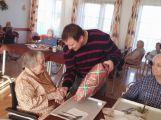 Seniorům se splnila přání, dárky mohl koupit kdokoliv (3)