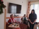 Seniorům se splnila přání, dárky mohl koupit kdokoliv (7)
