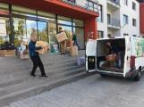Oblečení, které jste věnovali dětským pacientům, bylo předáno Nemocnici Hořovice. (6)