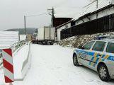 Sníh dělá řidičům problémy, hlášeno je hned několik nehod (3)