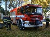 V Zalužanech uvítali hasiči novou Scanii (63)