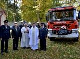 V Zalužanech uvítali hasiči novou Scanii (56)