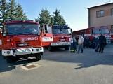 V Zalužanech uvítali hasiči novou Scanii (32)