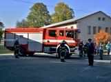 V Zalužanech uvítali hasiči novou Scanii (13)