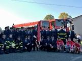 V Zalužanech uvítali hasiči novou Scanii (9)