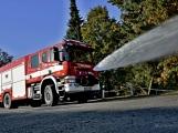 V Zalužanech uvítali hasiči novou Scanii (26)