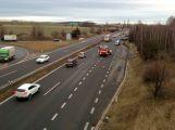 Hned za vjezdem na dálnici D4 došlo k hromadné nehodě (9)